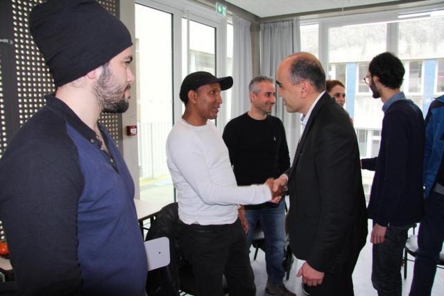 Le directeur des études de Sciences po, Pablo Diaz, a accueilli les étudiants lors d'un pot de l'amitié.